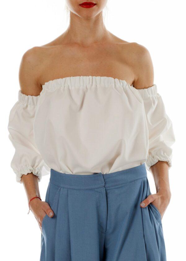 Белая летняя блузка