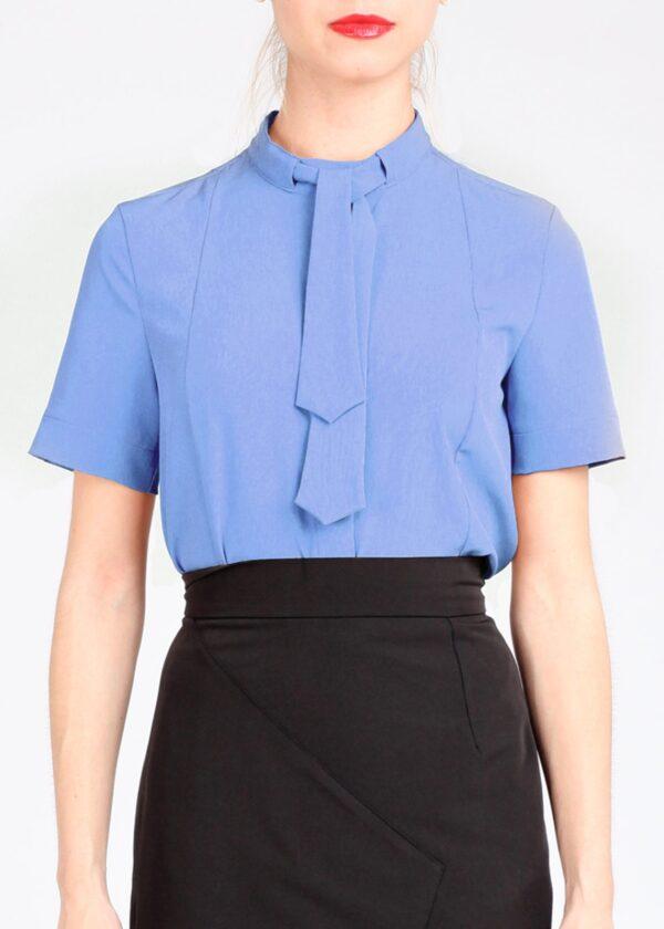 Голубая блузка с коротким рукавом