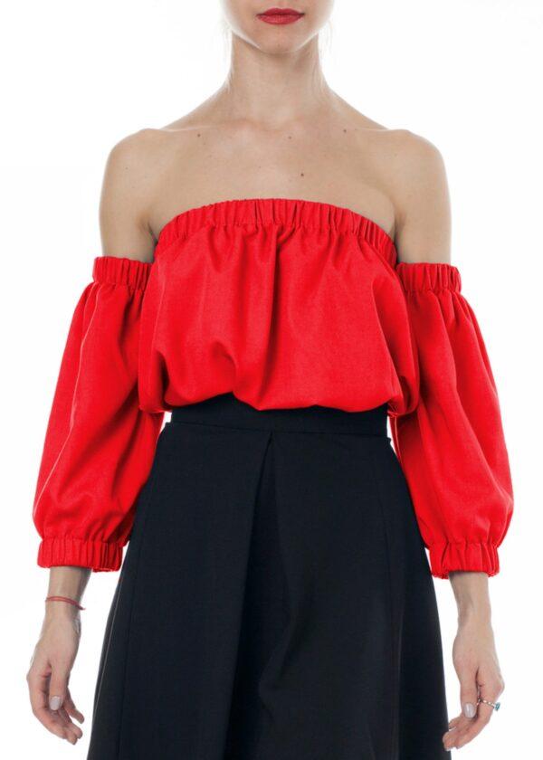 Красная летняя блузка