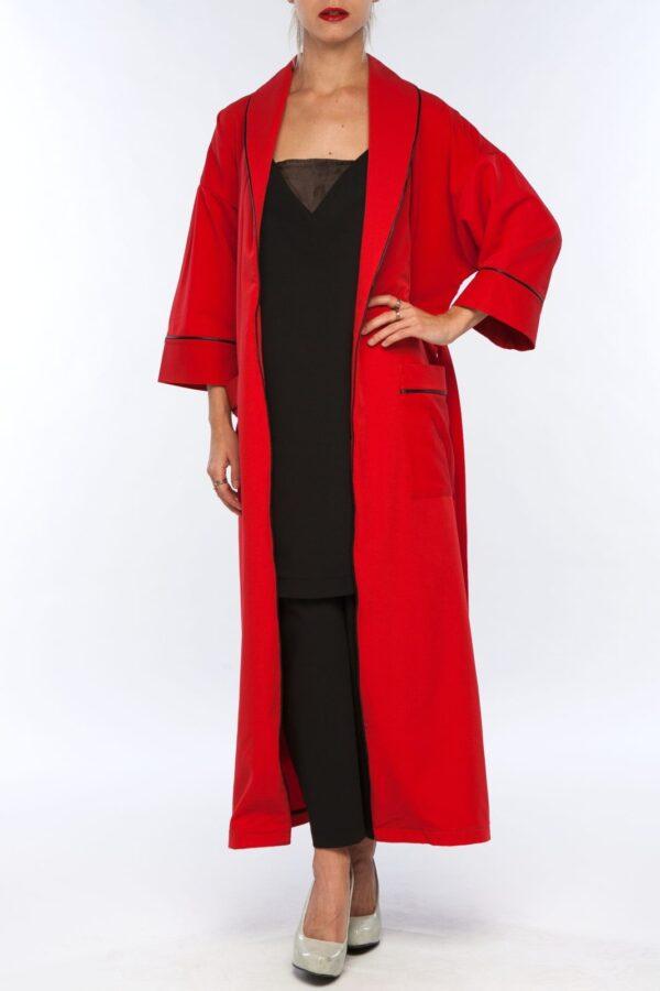 Красное кимоно