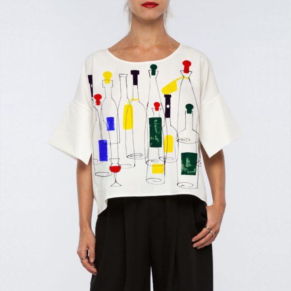 Белая блузка с рисунком