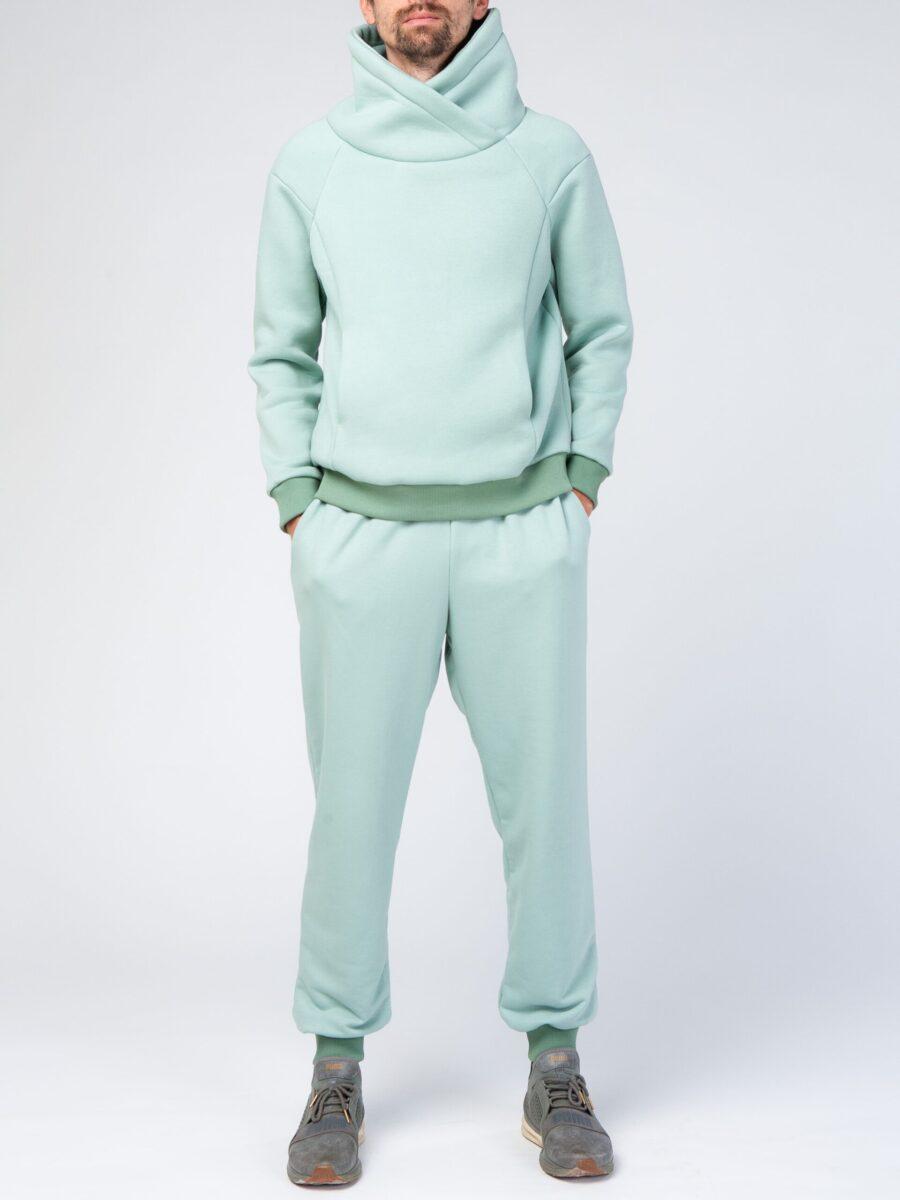 Зеленый мужской спортивный костюм