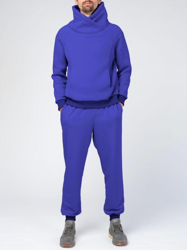 Синий мужской спортивный костюм